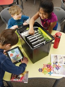 TEC606-Tech-Tub-on-Desk-with-Children-HR-ENV